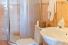 Spodní pokoj - koupelna