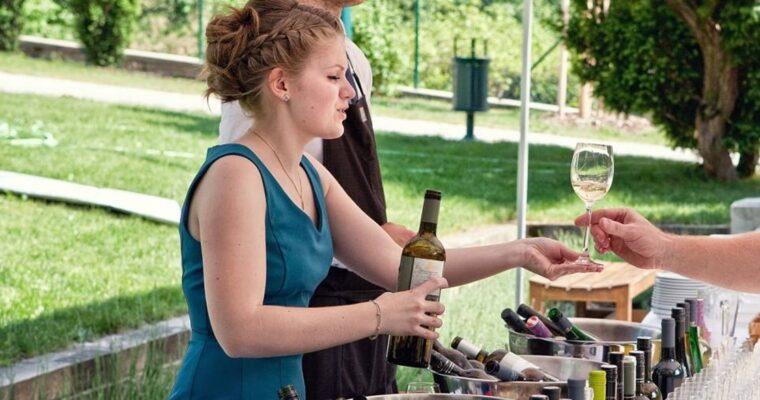 Rozhovory nad vínem; Anička Hrazdilová, sommelier